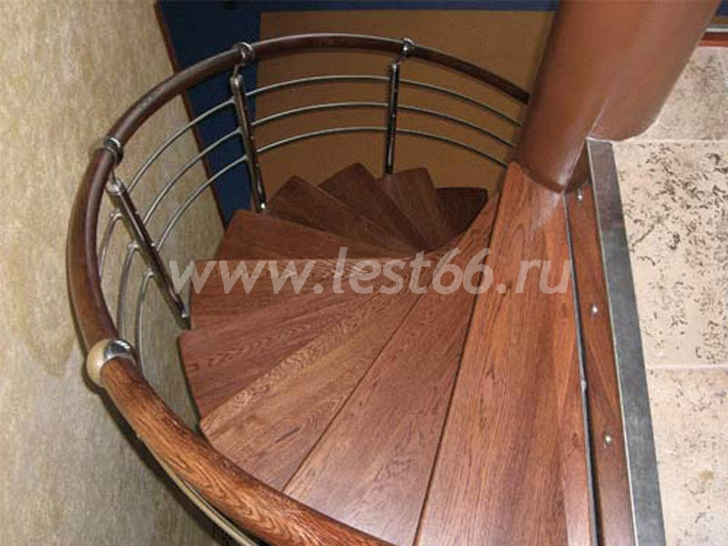 Металлические лестницы - примеры изготовления своими